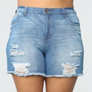 NWT Fashion Nova Boyfriend Jean Shorts 14 Distress